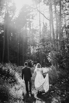 quirky scottish wedding photography tullibole castle (97)