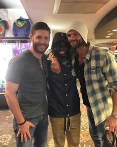 New picture of Jared and Jensen with a handsome fan at Pinz Bowling Center, CA. Jared has shoes in his hand.  As I mentioned they are in CA for the 42nd Annual #SaturnAwards.  They'll probably present Eric Kripke with the #DanCurtis Legacy Awards. The Saturn Awards will be held in Burbank, Ca, on June 22 at 6pm PST. They say it will be aired on SyFy channel.  #JensenAckles #Jensen #erickripke #DeanWinchester #Dean #JaredPadalecki #Jared #Sam #SamWinchester #MishaCollins #Misha #Casti...