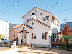 ブルースホーム福岡中央・北九州が手がけた輸入住宅の施工事例をご紹介。
