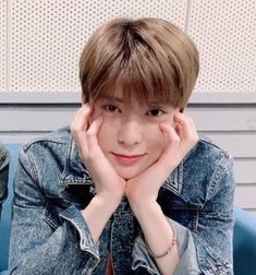 back up before i smack you 💕💕 Winwin, Day6, Taeyong, Nct 127, K Pop, Valentines For Boys, Jung Jaehyun, Jaehyun Nct, Jung Yoon