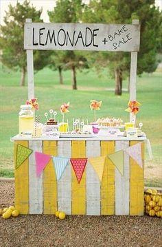 DIY Lemonade Stands | Handmade Charlotte