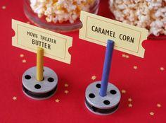 Oscars party ideas (Fiskars - A party for the stars, oscar night) - Tinker toy film reels Hollywood Birthday Parties, Hollywood Theme, Hollywood Night, Movie Themes, Party Themes, Party Ideas, Themed Parties, Cinema Party, Movie Night Party