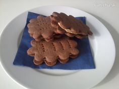 Czech Recipes, Biscuit Recipe, Pavlova, Sweet Recipes, Baking Recipes, Waffles, Biscuits, Yummy Food, Sweets