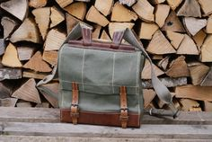 A very rare and exciting find: a Swiss Army bag dated It is a backpack or can be used by the canvas handle on the top. It is made from the very popular 'salt and pepper' canvas. The base are other parts are made from strong saddle leather. Swiss Army Bag, Swiss Army Backpack, Army Rucksack, Men's Backpack, Brown Leather Messenger Bag, Leather Duffle Bag, Saddle Leather, Leather Shoulder Bag, Shoulder Straps