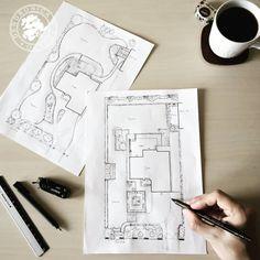 Pusta działka dom w budowie i klient dający wolną rękę co do układu ogrodu - uwielbiam takie tematy  Preferujecie swobodną czy bardziej formalną kompozycję? . #kolorowaćniekolorować #szkic #sketch #gardendesign #architekturakrajobrazu #projektantogrodow #gardenplan #gardenconcept #pencil #pin #lovemyjob Dom, Instagram, Design