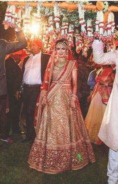 ❤ Wedding Lehnga, Indian Wedding Gowns, Indian Bridal Lehenga, Indian Bridal Outfits, Indian Bridal Fashion, Indian Designer Outfits, Bridal Dresses, Bridal Looks, Bridal Style