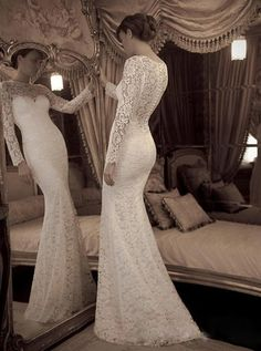 Sexy Sweetheart Lace Wedding Dress with Long Sleeves Mermaid  Prom Gown.