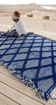 Image of Moroccan Kilim Rug – Diamond Pattern Flatweave – antique Rugs Blue Carpet, Carpet Colors, Neutral Carpet, Carpet Size, Morrocan Decor, Moroccan Rugs, Morrocan Interior, Moroccan Bedroom, Moroccan Blue