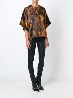 #givenchy #top #silk #prints #peacock #women #fashion www.jofre.eu