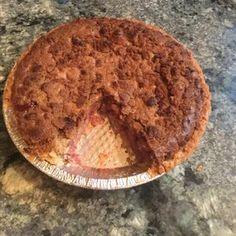 Strawberry Brown Sugar Sour Cream Pie Strawberry Cream Pies, Strawberry Topping, Strawberries And Cream, Easy Pie Recipes, Cream Pie Recipes, Apple Pie Recipes, Gooseberry Tart, Mango Pie, Sour Cream