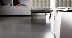 The look of concrete in a large porcelain tile. STON-KER. Microcemento Gris. PORCELANOSA.