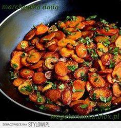 Marchew inaczej 600 g marchewki 8 dużych ząbków czosn… na Stylowi.pl Veggie Recipes, Healthy Dinner Recipes, Cooking Recipes, Food Tags, Food Allergies, Food Inspiration, Good Food, Food And Drink, Healthy Eating