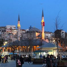 """116 kedvelés, 0 hozzászólás – IsztamBULIutazások (@istanbuliutazasok.hu) Instagram-hozzászólása: """"Üsküdar 💕 #üsküdar #istanbul #istanbuliutazasok #isztambuliutazások #isztambul"""""""
