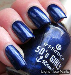 Light Your Nails!: Essence I'm A Marine Girl (50's Girls Reloaded LE)  #Essence #blue