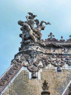 """filolifriend: """"The roof of the Royal Chapel of Versailles. Palace Of Versailles, English Countryside, Grand Tour, Lake District, France, Equestrian, Cottage, Tours, Arts"""