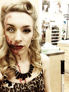 Create your own Zombie costume for Halloween Diy Zombie Kostüm, Zombie Pin Up, Zombie Prom, Zombie Walk, Zombie Makeup, Fx Makeup, Zombie Halloween Costumes, Halloween Inspo, Halloween Kostüm