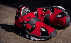 Nike Air Trainer Huarache 94   Black & Hyper Red