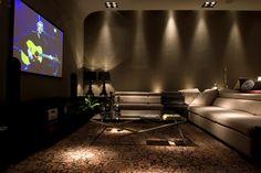 Veja quais são as 7 salas de TV mais inovadoras do momento.