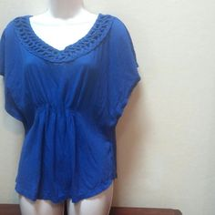 Batwing top Looks blue, but has a purple look in person.  So cute! Merona Tops