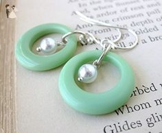 Vintage Glass Bead Earrings Sterling Silver Glass Pearl Mint Green Rings. Groovy - Wedding earings (*Amazon Partner-Link)