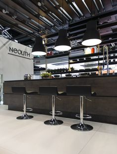 Neolith Kitchen Lounge, candidate to WIN Awards 2014. The architect, Héctor Ruíz Velázquez, participates in the contest by World Interiors News.com with the Neolith Kitchen Lounge project. backstage.worldar... #Neolith #KitchenLounge #Kitchen #HectorRuiz #HéctorRuíZVelázquez #WINAwards2014