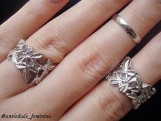 Blog Ansiedade Feminina: Placa Héhé 051 e Carimbo - Lady Queen  http://www.ladyqueen.com/3pcs-set-golden-silver-fashion-gothic-elegant-leaf-shaped-hollow-out-knuckle-ring-geometry-joint-finger-rings-sp0260.html