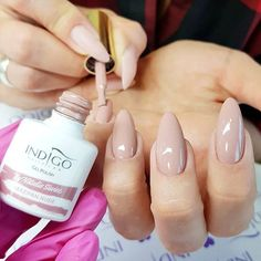 Discover new and inspirational nail art for your short nail designs. Learn with step by step instructions and recreate these designs in your very own home. Pink Manicure, Pink Nails, Gel Nails, Acrylic Nails, Nail Nail, Dot Nail Art, Polka Dot Nails, White Nail Designs, Gel Nail Designs