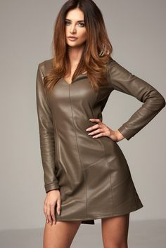 Wioleta Budnik-Juhlke photoshoot for Mojry Natural Leather. Cute green long sleeve leather dress.