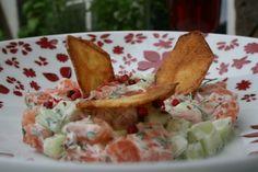 Tartare de saumon et de concombre aux chips