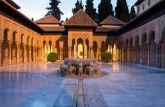 Enhorabuena a La #Alhambra de #Granada, distinguida en Atenas con el premio Europa Nostra por la restauración del Patio de los Leones - ¡Ven a conocerlo!