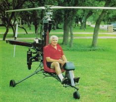 Ken Rehler With The Original Prototype LoneStar Kit Helicopter Ultralight Helicopter, Helicopter Rotor, Personal Helicopter, Helicopter Private, Tails Boom, 170 Pounds, Go Kart Plans, Fly Plane, Flying Vehicles