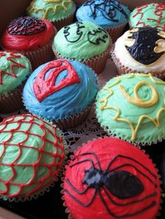 hudson's 4th superhero bday cupcakes