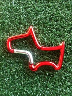 Red Carabiner Clip Shaped Like Scotty Cameron Dog - Great Golf Towel Clip