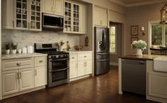 LG Black Stainless Steel Series.  These LG Black Stainless Steel appliances look great with the cream colored cabinets.  I would love to do that with either cream or white colored cabinets in my kitchen.  #LGLimitlessDesign & #Contest