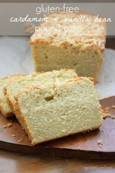 This cardamom and vanilla pound cake is moist, tender and subtly spiced. Serve with sliced stone fruit or strawberries. Gluten Free Pound Cake, Gluten Free Desserts, Dessert Recipes, Keto Desserts, Cardomom Recipes, Cardamom Cake, Vanilla Bean Cakes, Frozen Drinks, Baking
