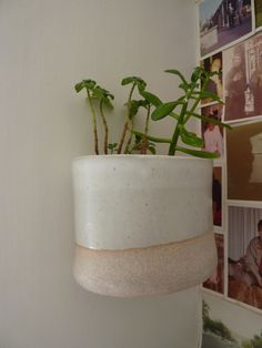 tw pottery: wall pots