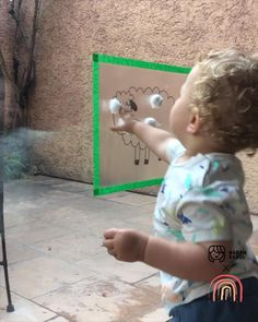 Activities For One Year Olds, Creative Activities For Kids, Preschool Learning Activities, Infant Activities, Kids Learning, Young Toddler Activities, Baby Sensory Play, Baby Play, Montessori Toddler