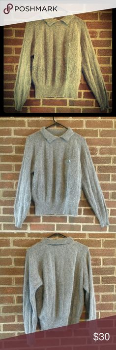 "Vintage Liz Claiborne Lambswool Angora Sweater M A cozy vintage Liz Claiborne lambswool and angora blend grey sweater. It is super soft and warm and would be perfect for spring or fall ! The bust measures 41"", the waist measurement is 39"" and the hip measurement is between 28"" and 41"" accounting for the elastic. Liz Claiborne Sweaters"