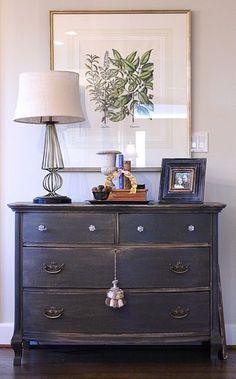 Vintage/ antique dresser