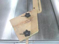 Shop-Made Wide Adjustable Featherboard - by Bricofleur @ LumberJocks.com ~ woodworking community