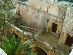 Real Estate Crush | Castle in Malta via #thoughtandsight #travel