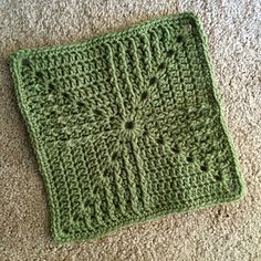 Crochet Blocks, Granny Square Crochet Pattern, Crochet Stitches Patterns, Crochet Squares, Crochet Motif, Knitting Patterns, Granny Squares, Knitting Squares, Pretty Horses