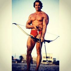 Oldskool physique- Arnold himself- years go by and he's still a bodybuilding god.