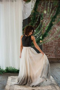 dip dyed grey wedding dress / http://www.deerpearlflowers.com/etsy-finds-dip-dyed-ombre-wedding-dresses/