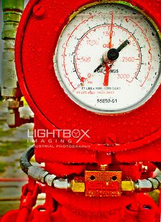 Oil and Gas Pressure Gauge Pressure Gauge, Industrial Photography, Lightbox, Oil And Gas, Gauges, Light Table