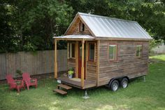 Tiny house on wheels built using structural integrated panels (SIP) - The finished SIP House