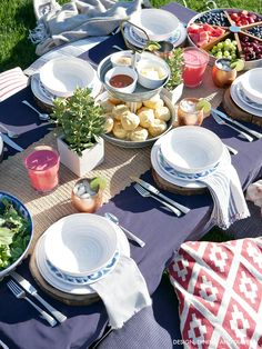 Red white and blue backyard BBQ setting with @bhglivebetter ! Ad