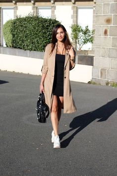 Casual outfit : trench coat x Reebok classic doble sole - MY STYLE - Mode Outfits, Trendy Outfits, Fall Outfits, Fashion Outfits, Fashion Trends, Fashion Tips, Trench Coat Outfit, Coat Dress, Trent Coat