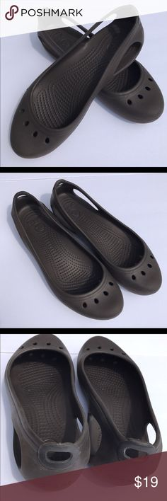 3676d6d98534 Crocs size 9 great used condition Crocs size 9 CROCS Shoes