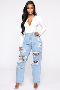 Cute Ripped Jeans, Tall Jeans, Ripped Boyfriend Jeans, Blue Jeans, Skinny Jeans, Flare Jeans Outfit, Denim Attire, Mode Streetwear, Fashion Nova Models